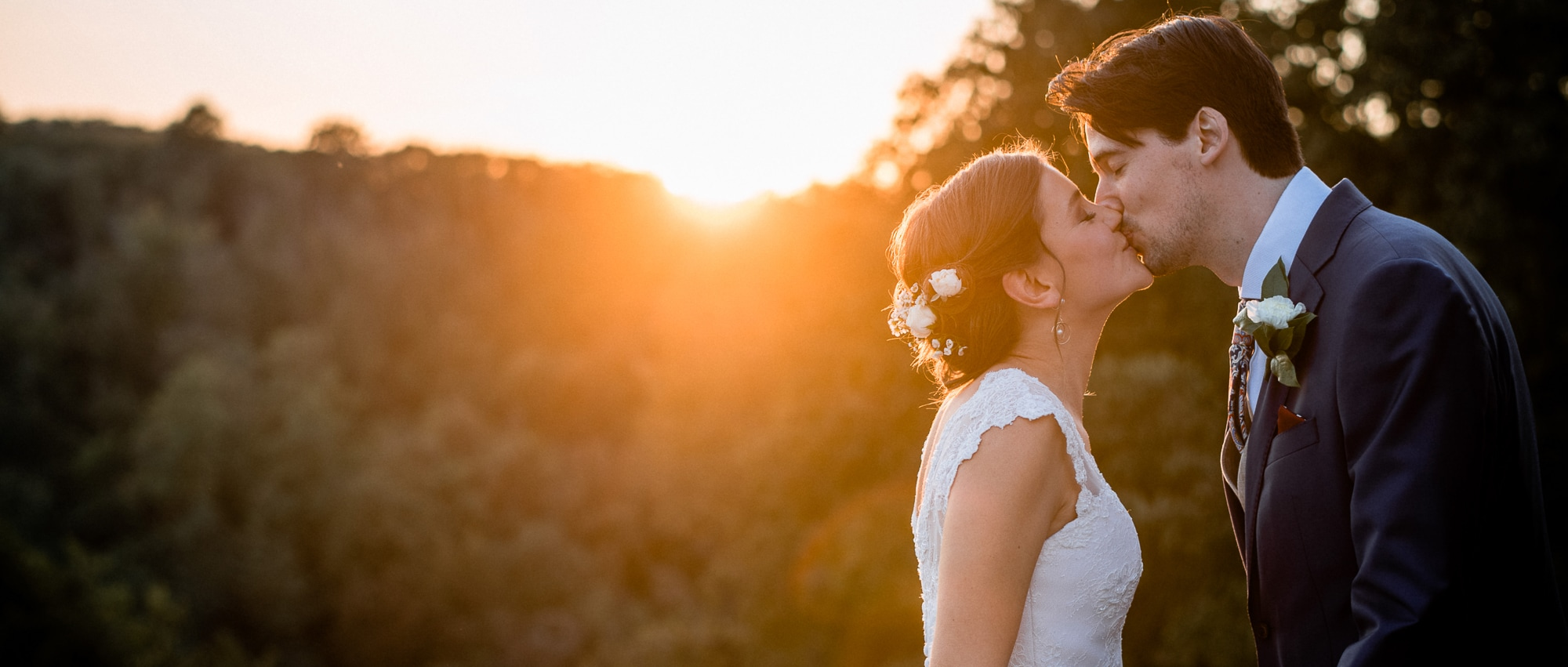 Catching Sunsets / A Boho Destination Wedding in Italy