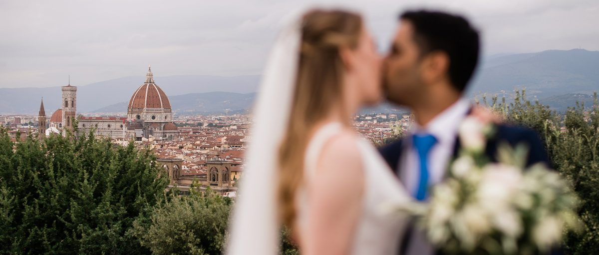 Red, White & Love (part II): Indian Wedding in the Tuscan Countryside